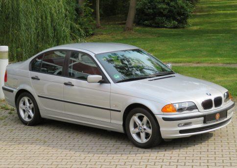 BMW 318i, E46