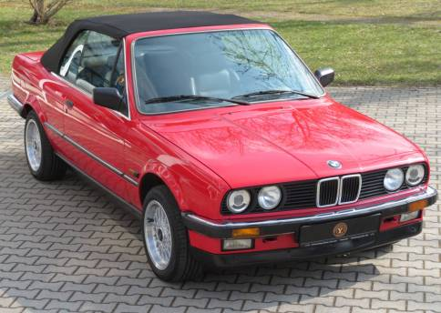 BMW 320i Cabrio, E30