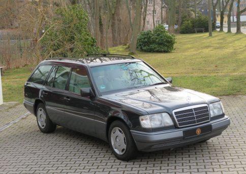 Mercedes Benz 220 TE