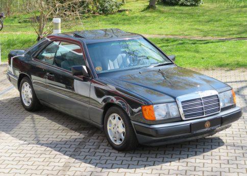 Mercedes Benz 230CE, W124